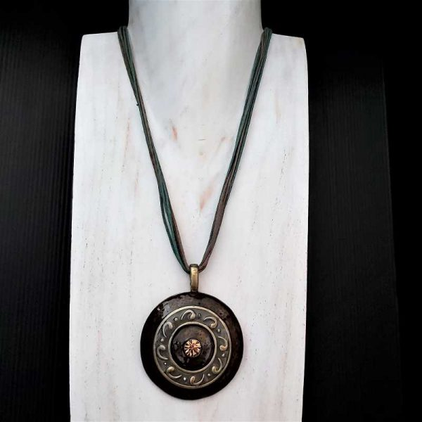 Chunky Brown Pendant Necklace