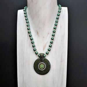 Stunning Green Necklace