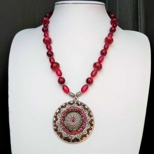 Maroon Feature Necklace