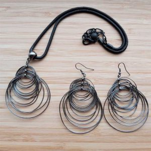 Black Circle Necklace & Earring Set