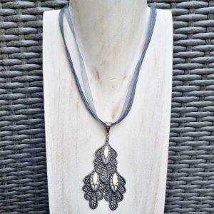 Filigree Pendant & earring Set